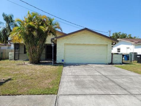 2252 Manor Boulevard N Clearwater FL 33765