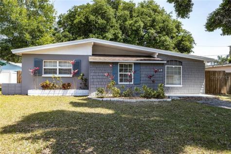 2137 Riviera Drive Clearwater FL 33763