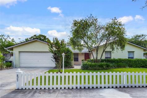 825 Mimosa Drive Altamonte Springs FL 32714