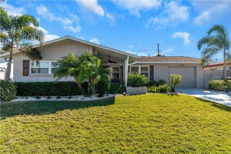 2319 Chaucer Street Clearwater FL 33765