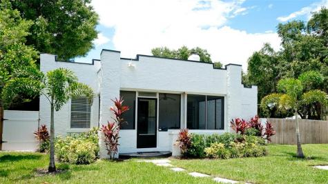 522 31st Street W Bradenton FL 34205