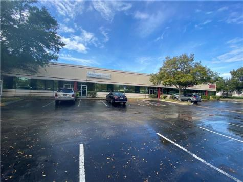 7751 Kingspointe Parkway Orlando FL 32819