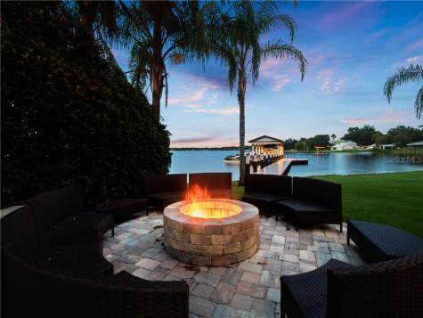 5595 Hansel Avenue Orlando FL 32809