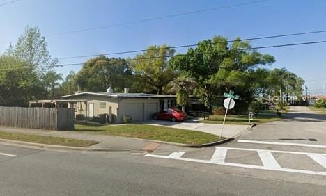 1300 Saxon Drive Orlando FL 32804