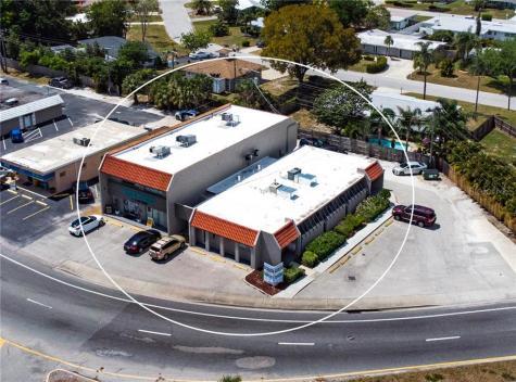 3100 & 3112 Southgate Circle Sarasota FL 34239