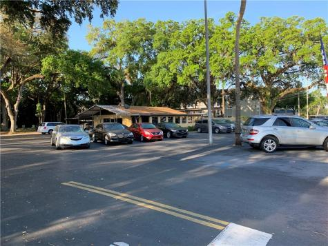 6852 W Hillsborough Avenue Tampa FL 33634