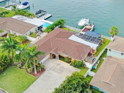 412 Leeward Island Clearwater FL 33767