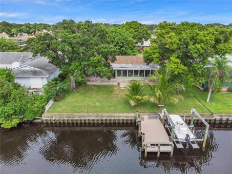 1911 Seagull Drive Clearwater FL 33764