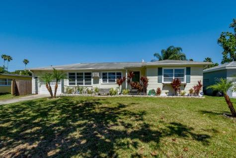 1861 East Drive Clearwater FL 33755