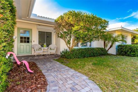 950 Narcissus Avenue Clearwater Beach FL 33767