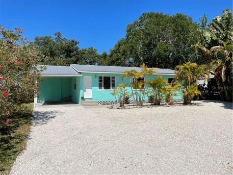 5026 Calle Minorga Sarasota FL 34242