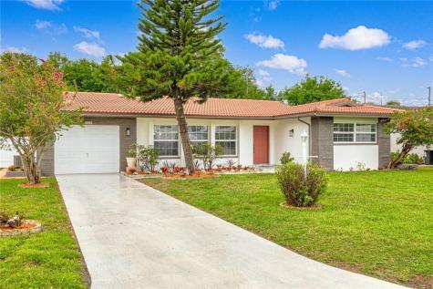 2324 Tudor Lane Clearwater FL 33763