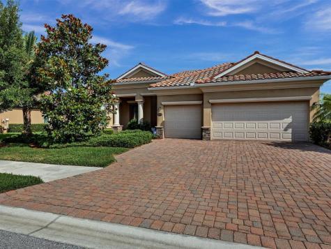 8309 Heritage Grand Place Bradenton FL 34212