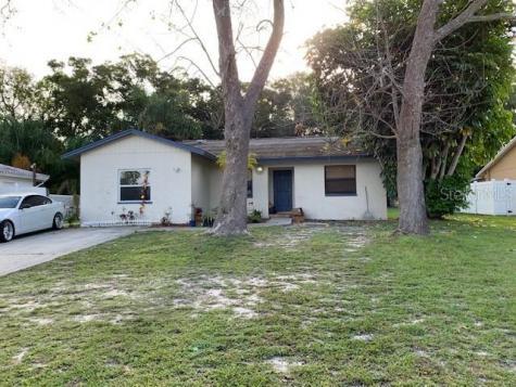 29 N Hillcrest Avenue Clearwater FL 33755
