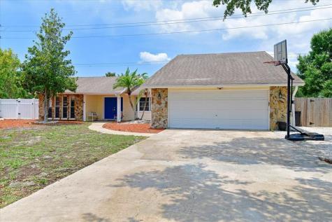 6717 2nd Avenue Circle W Bradenton FL 34209