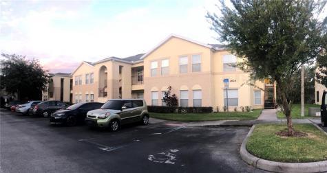 2828 Club Cortile Circle Kissimmee FL 34746