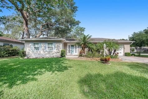 900 Brookside Drive Clearwater FL 33764