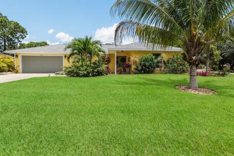 6702 Heritage Lane Bradenton FL 34209