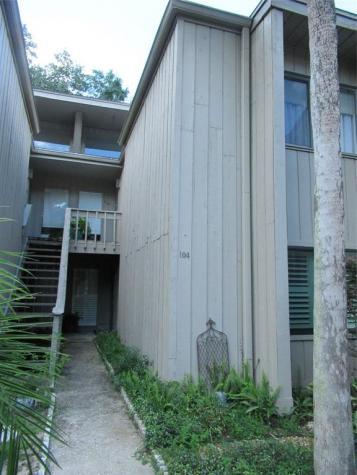104 Crown Oaks Way Longwood FL 32779