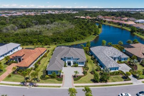 7473 Seacroft Cove Bradenton FL 34202