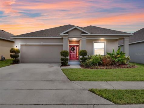 109 Flatwoods Loop Davenport FL 33837