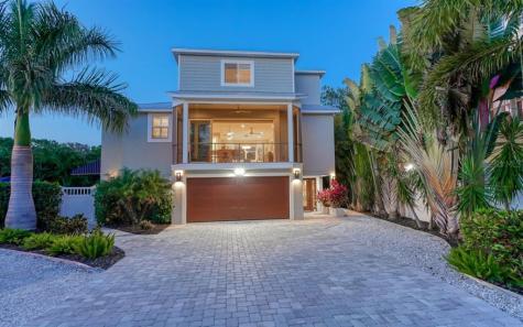 4841 Commonwealth Drive Sarasota FL 34242