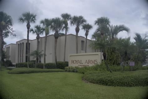 516 Orange Drive Altamonte Springs FL 32701