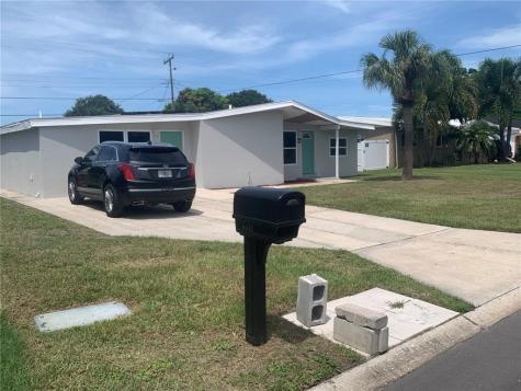 6432 Case Avenue Bradenton FL 34207