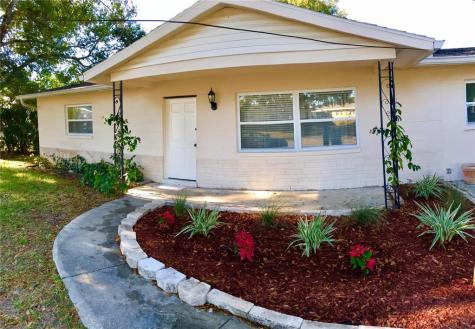 1220 Balboa Circle Clearwater FL 33756