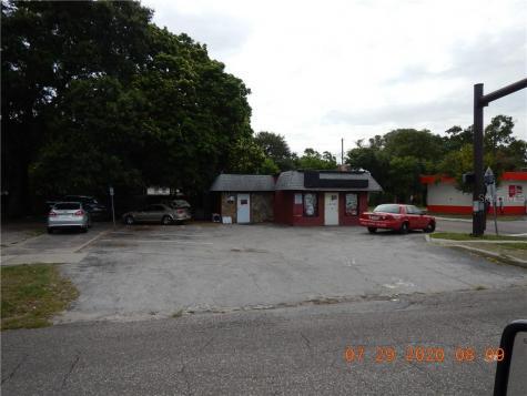 840 16th Street S St Petersburg FL 33705