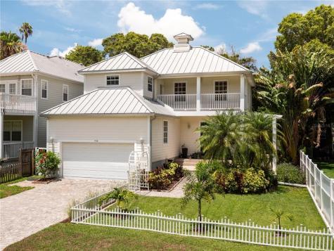 1536 Rosewood Street Clearwater FL 33755