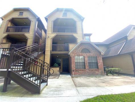 385 Woodside Drive Altamonte Springs FL 32701