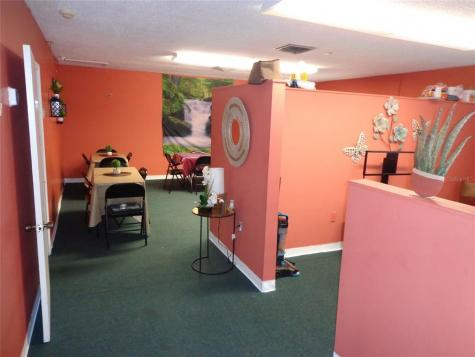 1904 W Waters Ave Tampa FL 33603