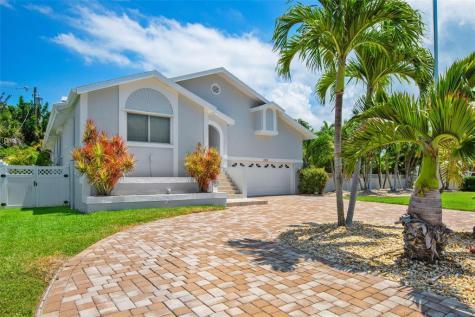 115 8th Street Belleair Beach FL 33786
