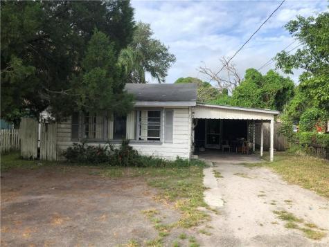 2916 7th Street W Bradenton FL 34205