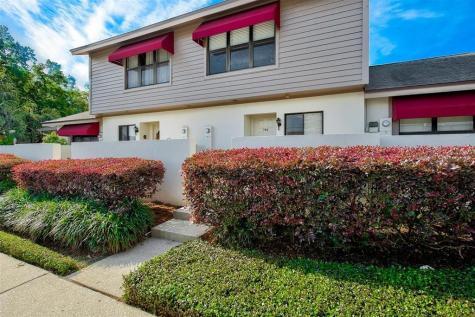 745 Oak Park Place Brandon FL 33511