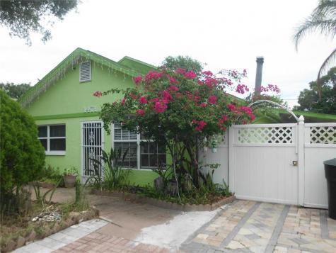 1471 Pierce Street Clearwater FL 33755