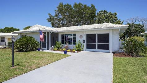 3901 Joyce Drive Bradenton FL 34208