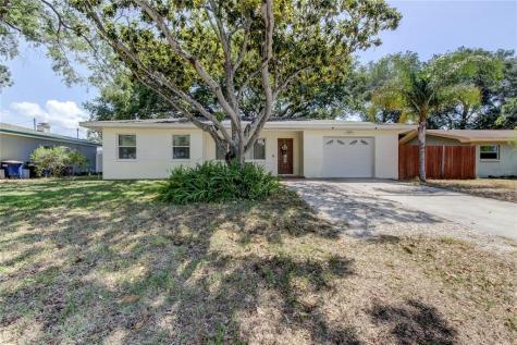 1560 S Fredrica Avenue Clearwater FL 33756