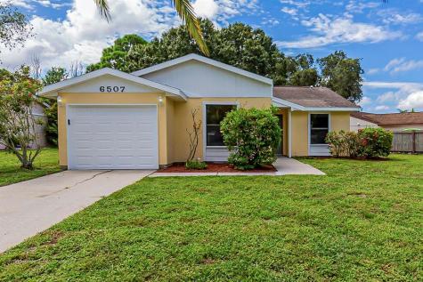 6507 36th Avenue Drive W Bradenton FL 34209