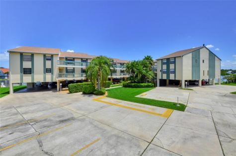326 Windrush Boulevard Indian Rocks Beach FL 33785