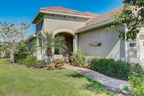 7210 Playa Bella Drive Bradenton FL 34209