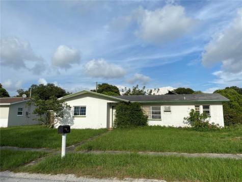 1785 Eaton Drive NE Clearwater FL 33756