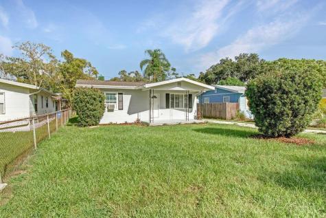 2031 N Betty Lane Clearwater FL 33755