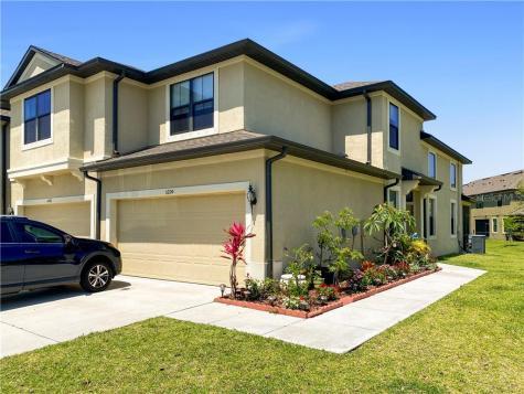 5200 Bay Isle Circle Clearwater FL 33760