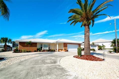 3904 Royal Palm Drive Bradenton FL 34210