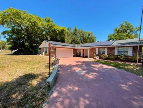 621 Ridgewood Street Altamonte Springs FL 32701