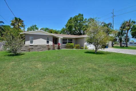 2096 Ridgelane Road Clearwater FL 33755