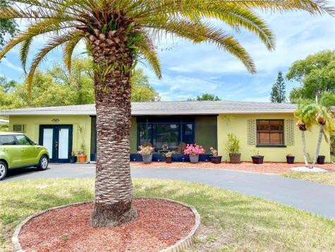 3036 Lake Vista Drive Clearwater FL 33759