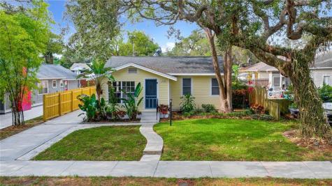 1209 Sedeeva Circle N Clearwater FL 33755